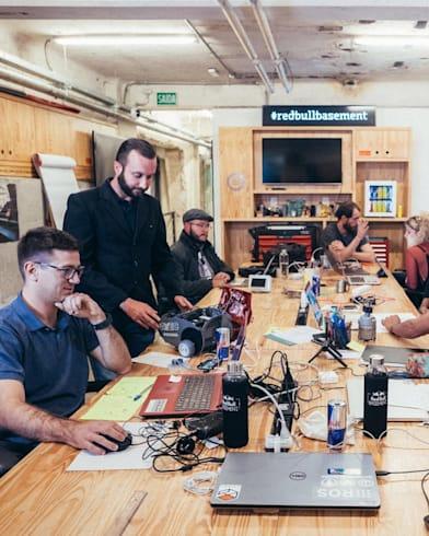 Conheça os colaboradores da residência hacker Red Bull Basement