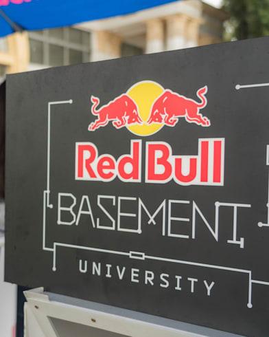 Студенти з Дніпра перемогли у Red Bull Basement University