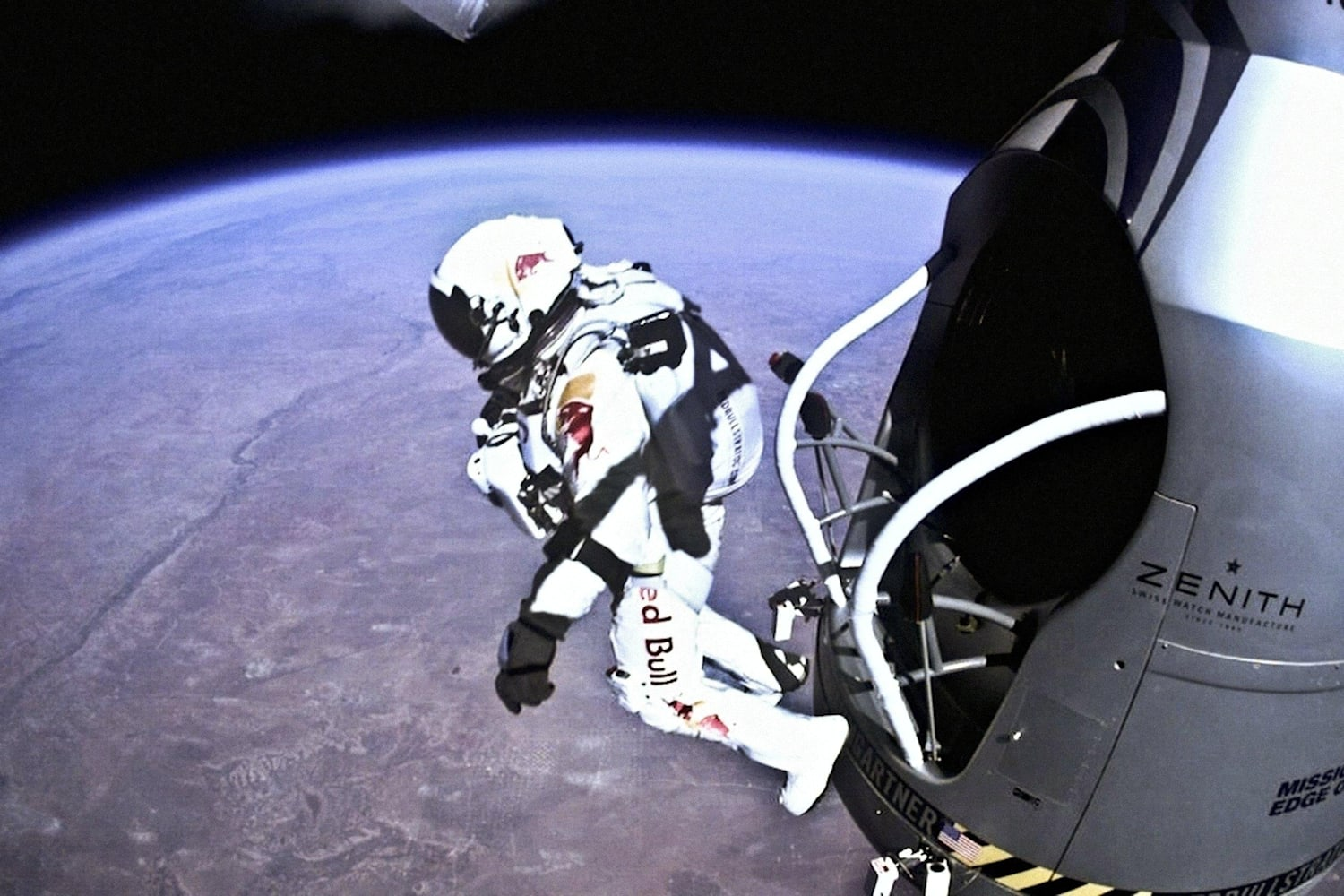 Jumping From #Space! – Red Bull Space Dive