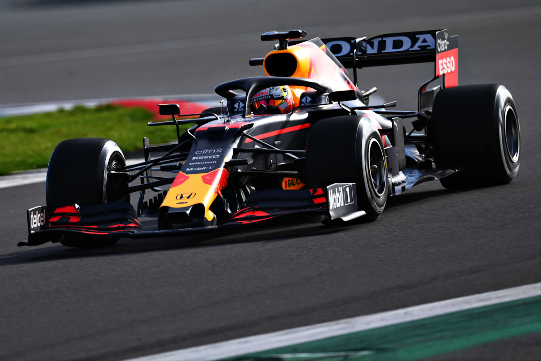 El RB16B de Red Bull Racing debuta en la pista | F1