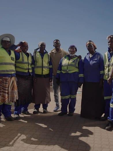 Conoce a los héroes que reciclan la basura en Sudáfrica