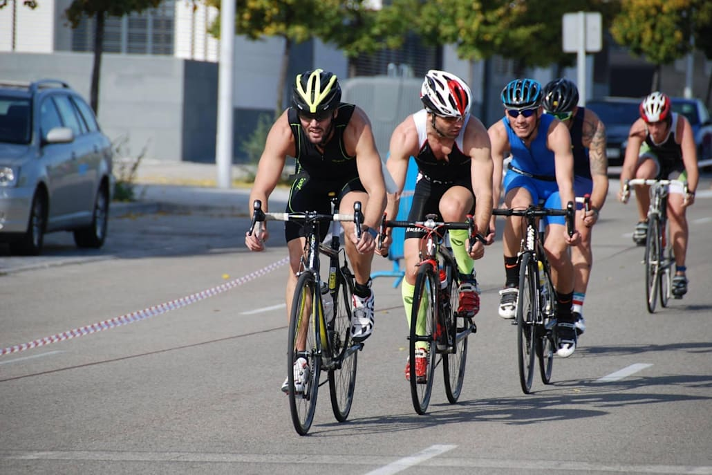 Montar en bici es otra forma de decirle 'basta' a la acumulación de grasa
