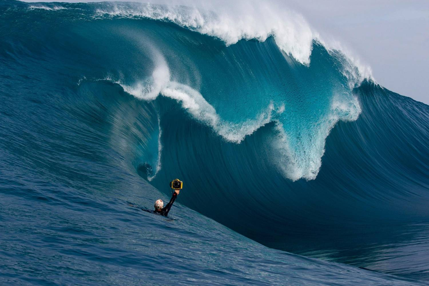 15 stunning big wave images you never imagined could exist