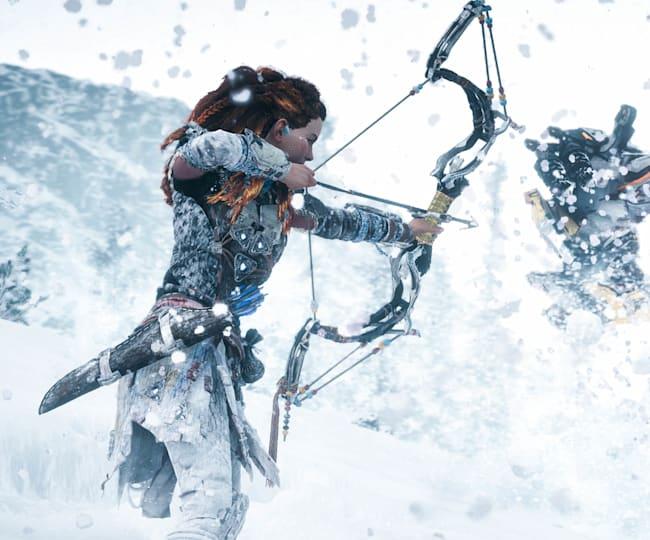 Aloy Fires an Arrow