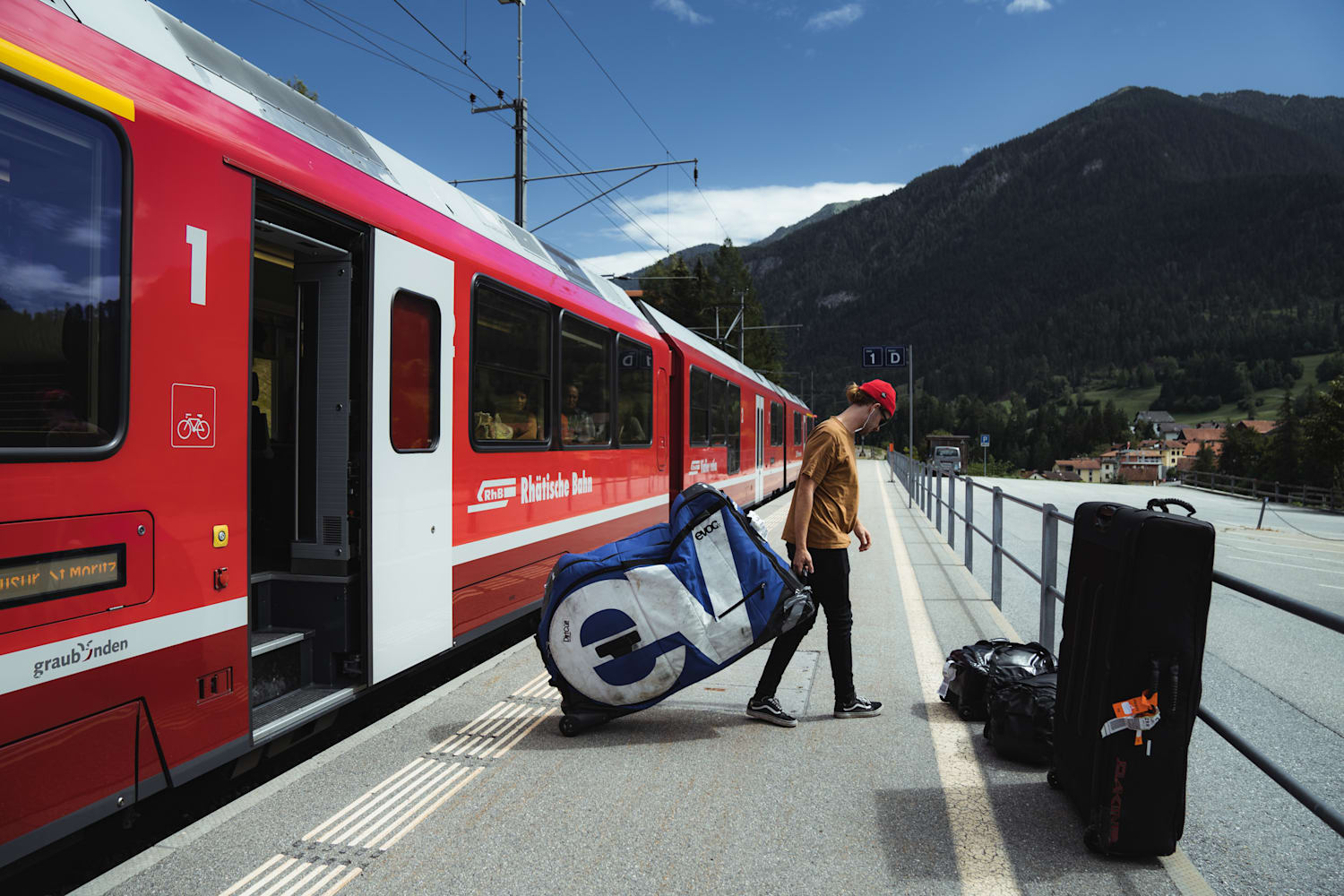 How to ride Switzerland by bike and train