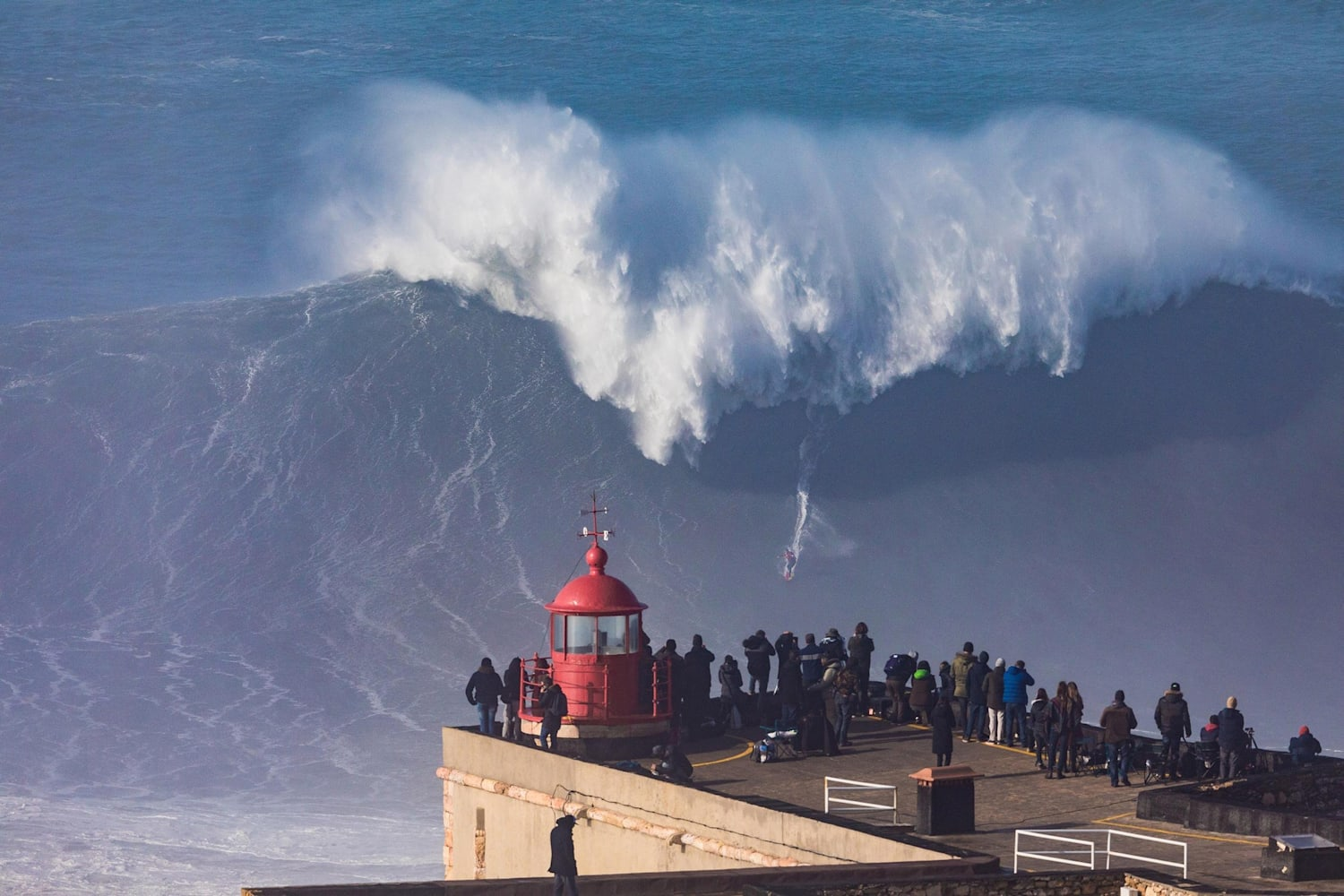 Sessions – surfing massive Nazare waves: video