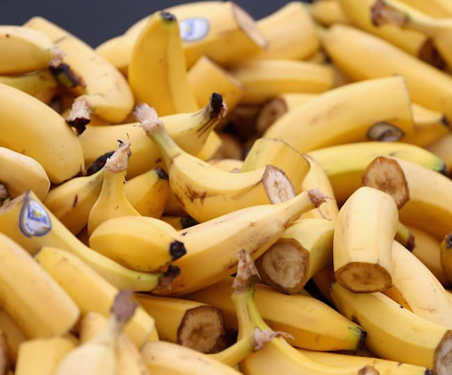 A source of carbohydrate, bananas are a great everyday nutrition snack