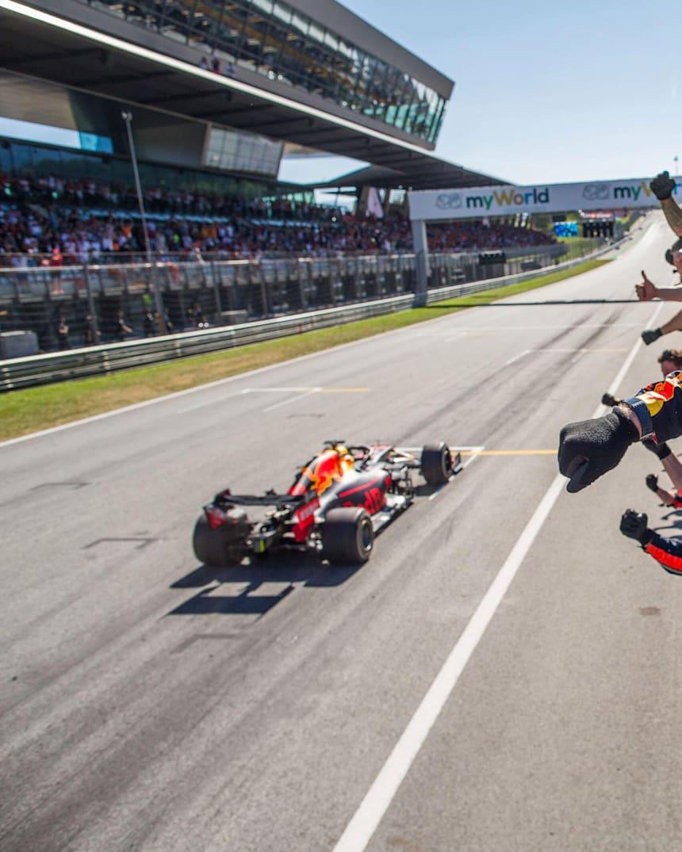 Red Bull Racing El Equipo Consigue 60 Victorias En F1
