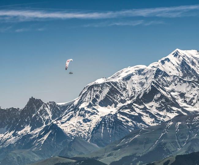 Paul Guschlbauer zboară pe lângă Mont Blanc