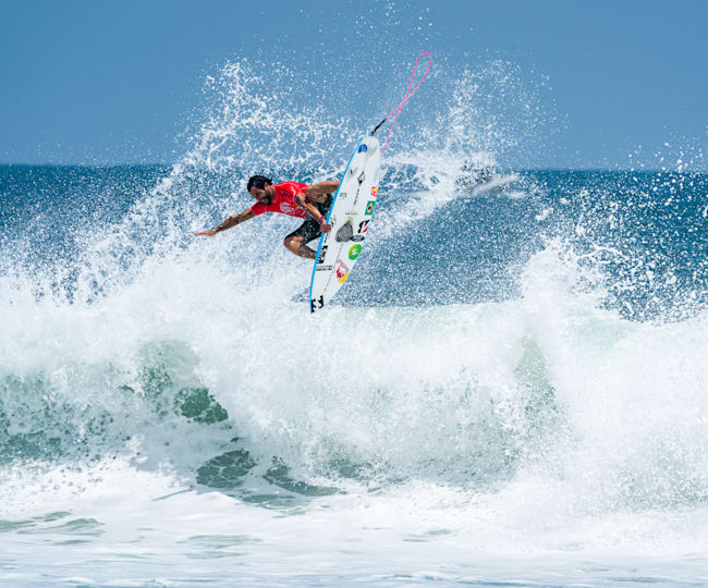 Brazilian icon Italo Ferreira spinning to a first round win in El Salvador