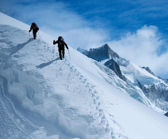 Peter Ortner and David Lama on the approach.