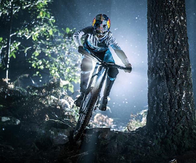 MTB night riding benefits and tips