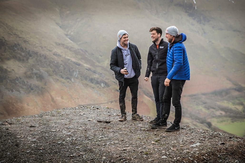 O Jono μαζί με τον Matt στο ταξίδι τους στη Dyfi με τον Gee Atherton