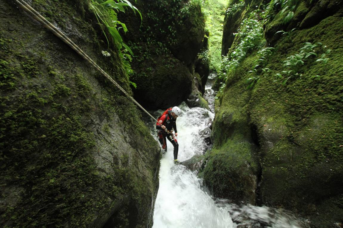 Shoes | : the shop for your canyoning and