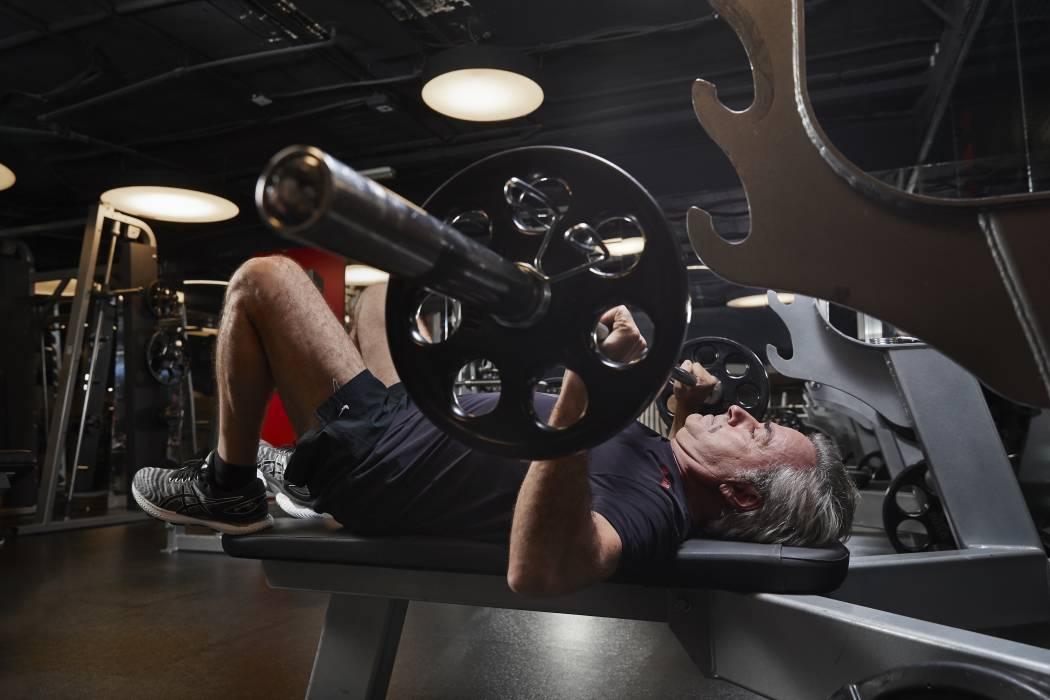 Carlos Sainz se prepara para el Rally Dakar 2020.
