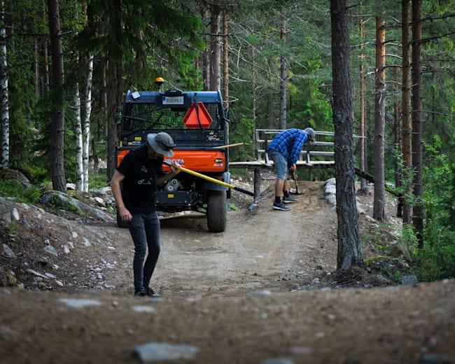 Järvsö trail crew working hard.