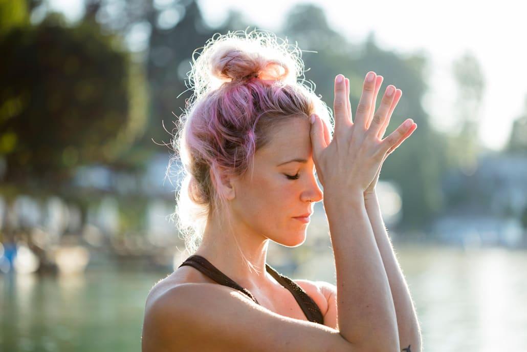 Meditația te poate ajuta să te relexezi înainte de o cursă