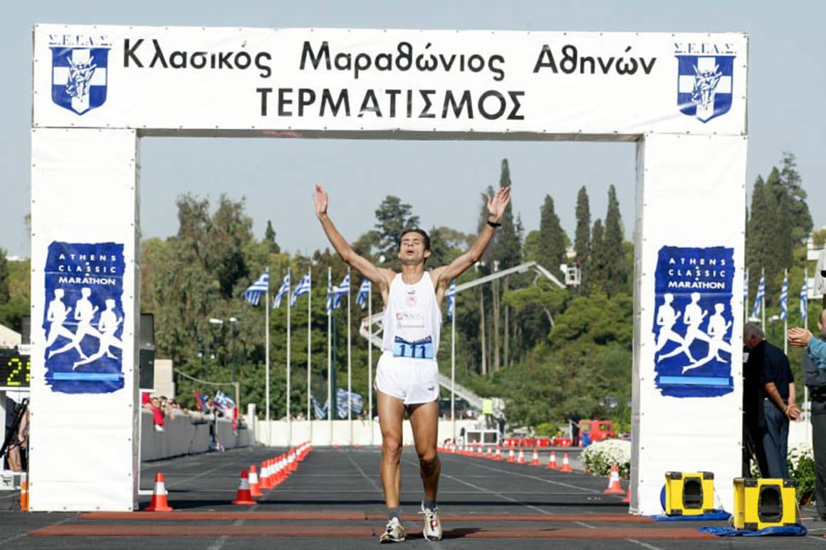Στον Κλασσικό Μαραθώνιο Αθηνών το 2003