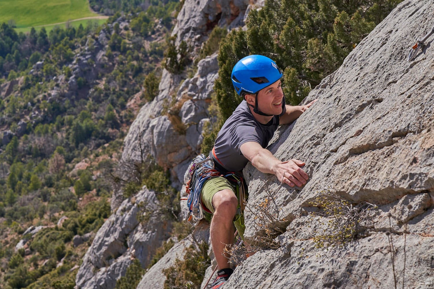 Guide How To Take Your Indoor Climbing Outdoors 8 Tips