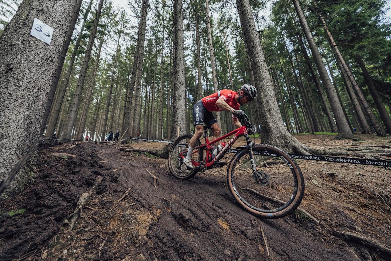 Mathias Flückiger beim UCI XCO World Cup Rennen in Nove Mesto, Tschechische Republik, 2021