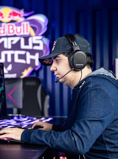 cNed in action at Red Bull Campus Clutch