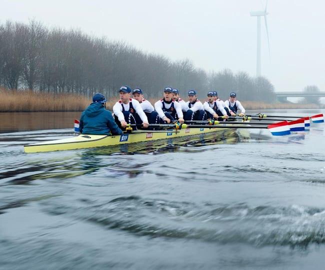 Holland 8 in volle vaart