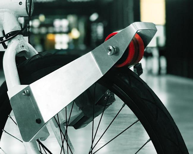 CLIP anima a la gente a montar en bici