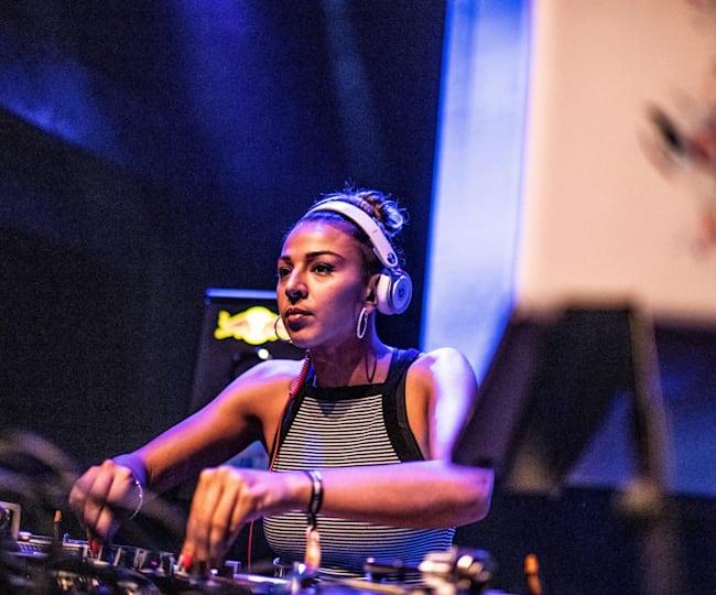 DJ T-Sia rocks the decks