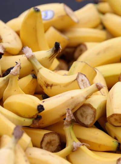 A source of carbohydrate, bananas are a great marathon training snack