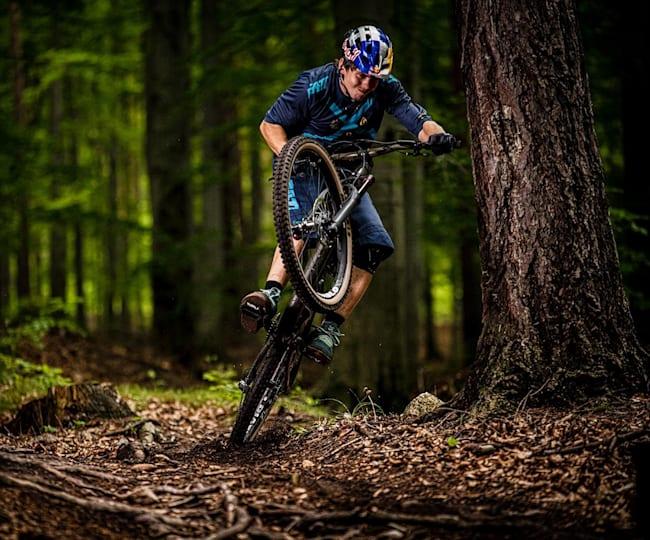 Szymon Godziek enduro bikecheck