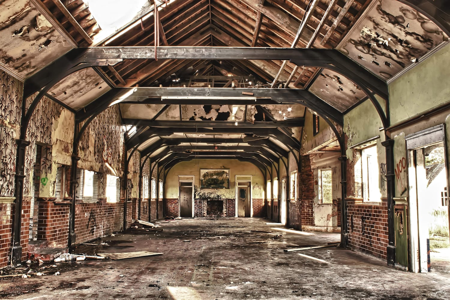 Abandoned Places Uk Britain S 10 Creepiest Locations