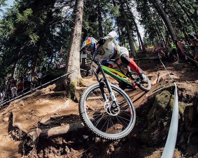 Val di Sole : Loic Bruni roule sur la piste de la Coupe du monde UCI 2019