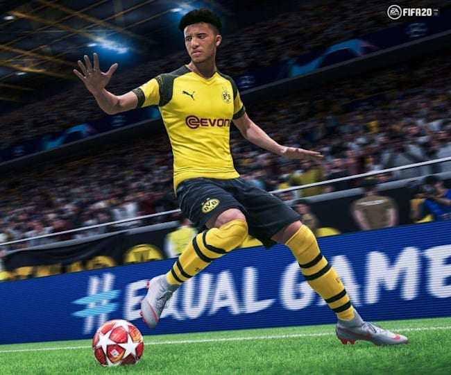 You'll need players like Sancho to master strafe dribbling in FIFA 20