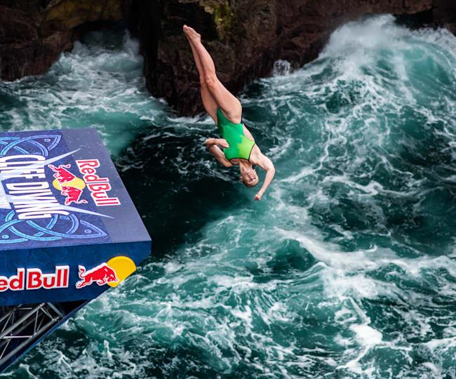 Ellie Smart dives at Downpatrick Head
