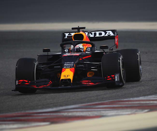 Max Verstappen no primeiro dia de testes no Bahrein