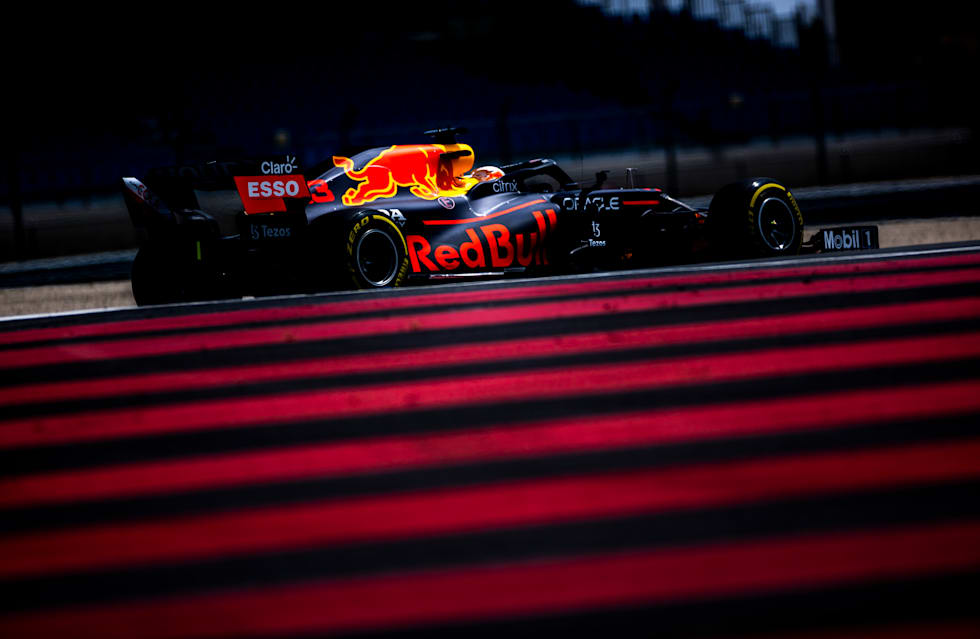 Max Picks Up Pole In France