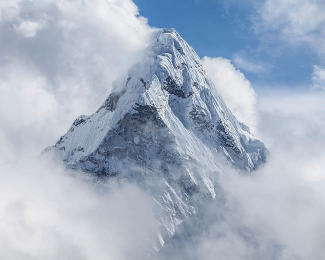Everest's dark side: the 8 scariest parts nobody tells you about the climb