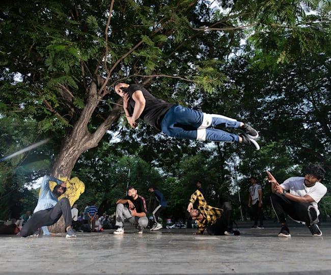 FE Breakers dance at Panagal Park in Chennai