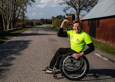 Ο Aron Andersson επέστρεψε δυναμικά & κατέκτησε την 3η νίκη στα 66,8 χλμ