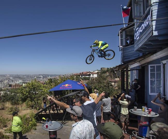 Uit de woonkamer springen tijdens Cerro Abajo