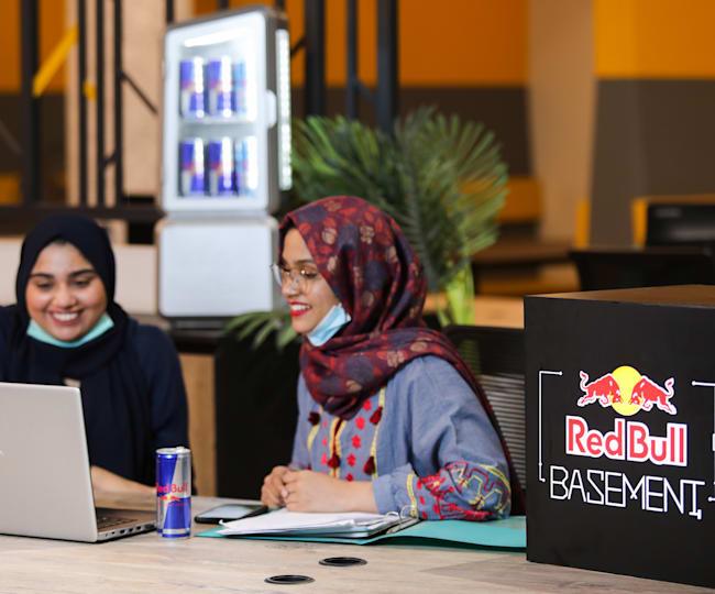 Hira Siddiqui and Warisha Farhat, creators of UniThink