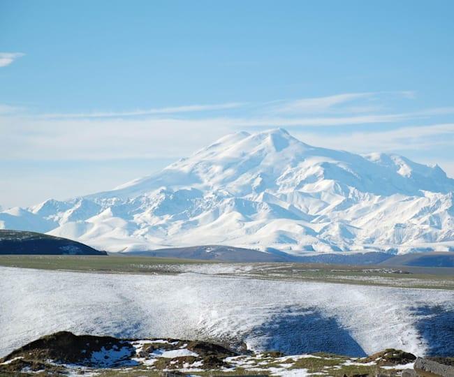 Гора Эльбрус во всей красе