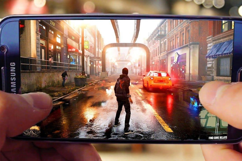 hry na mobil ke stažení