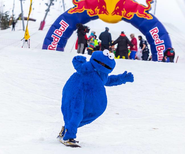 Стильный костюм – залог успешного выступления на Red Bull Jump and Freeze
