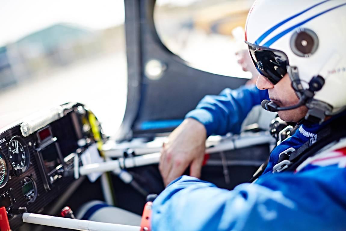 2015 8 25 Red Bull Air Raceレース機のコックピットに潜入 Motorsports