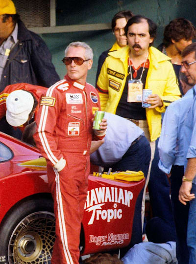 Paul Newman waiting to get racing in 1979