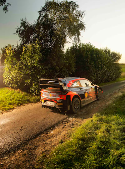 Thierry Neuville races through Ypres