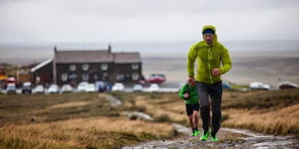 New Pennine Way record set by ultrarunner Damian Hall