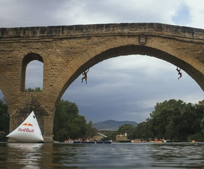 Red Bull Creepers at Puente la Reina-Gares