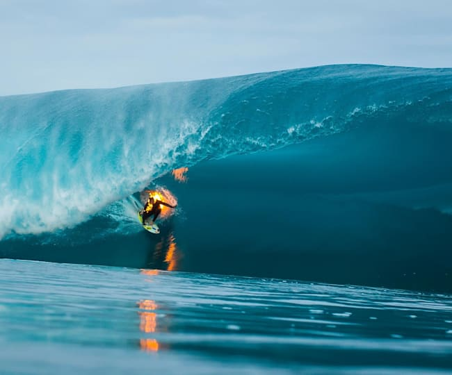 Jamie O'Brien Surfs Teahupo'o on Fire